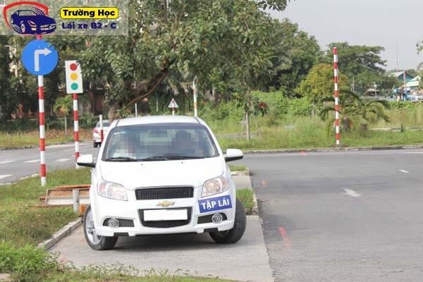 Học bằng lái xe B2 cấp tốc ở đâu uy tín