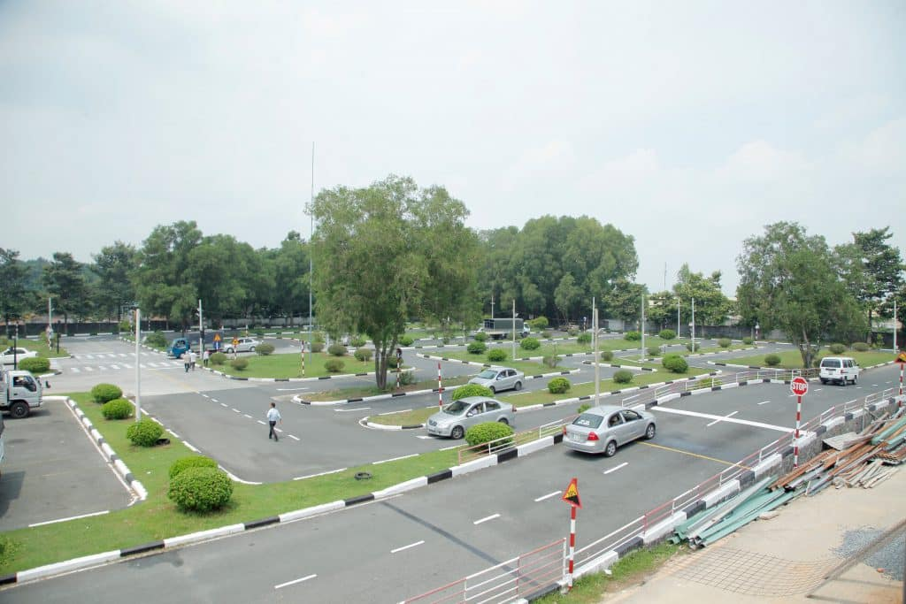 Học bằng lái xe ô tô B2 tại Bình Định|HỌC ĐẬU 100%