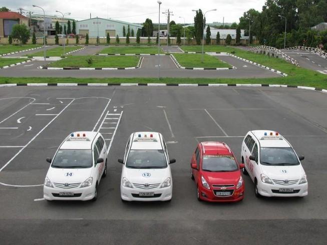 Trung tâm học bằng lái xe ô tô B2 tại Huế