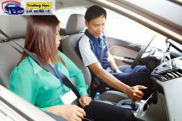 Hướng dẫn học lái xe ô tô hạng B2 chi tiết nhất