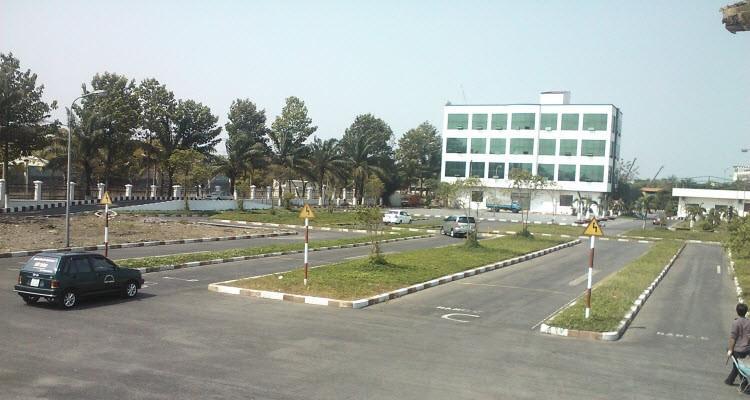 Trung tâm học lái B2 tại Quảng Bình