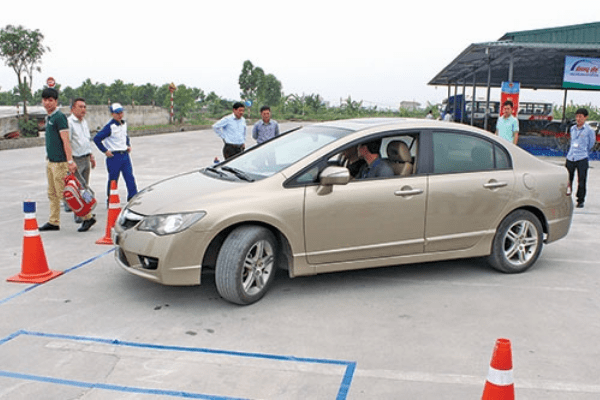 Địa chỉ học bằng lái xe ô tô ở Hà Đông uy tín