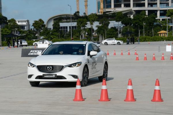 Địa chỉ học bằng lái xe ô tô ở Cầu Giấy uy tín
