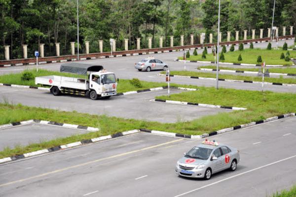 Địa chỉ học bằng lái xe ô tô ở ba vì uy tín