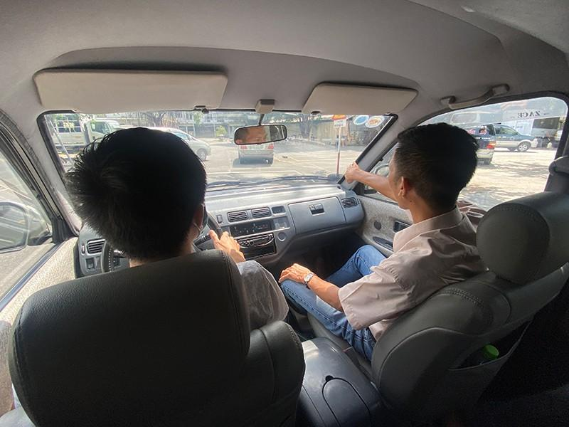 Điều kiện độ tuổi học bằng lái xe ô tô hạng C là bao nhiêu?