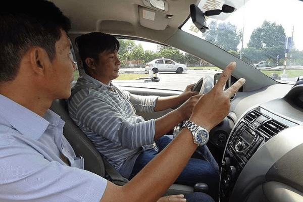 học bằng lái xe ô tô ở Huyện Bình Chánh