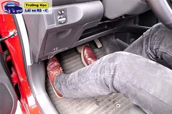 Hướng dẫn lái xe số tự động Fortuner an toàn