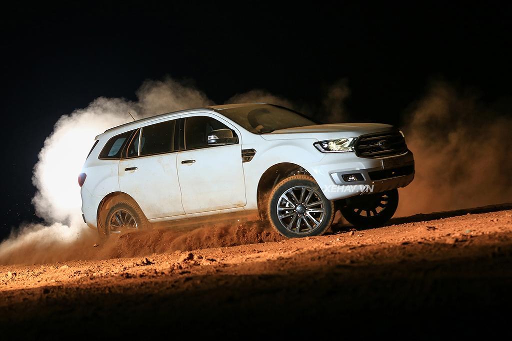 Đánh giá Ford Everest Titanium 4wd 2019 sơ bộ