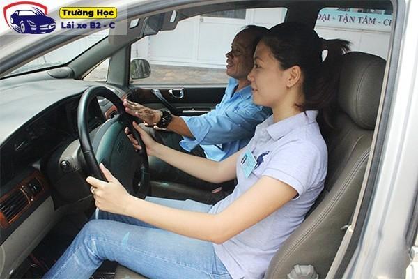 Những kỹ thuật lái xe ô tô b2 bạn cần thuộc nằm lòng